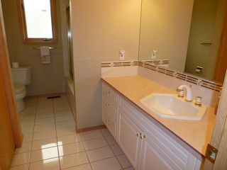 Photo 15: 15715 77 Street in Edmonton: Zone 28 House for sale : MLS®# E4152361