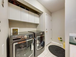 Photo 16: 67 Sierra Morena Circle SW in Calgary: Signal Hill Detached for sale : MLS®# C4239157