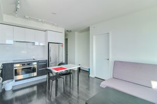 Photo 2: 3502 6333 SILVER Avenue in Burnaby: Metrotown Condo for sale (Burnaby South)  : MLS®# R2367291