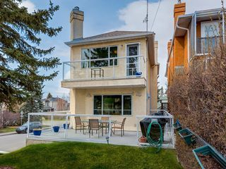 Photo 3: 2222 20 Street SW in Calgary: Richmond Detached for sale : MLS®# C4243796