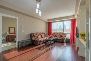 Photo 8: 307 12039 64 Avenue in Surrey: West Newton Condo for sale : MLS®# R2370615