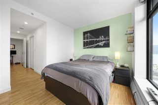 "Photo 3: 2105 128 W CORDOVA Street in Vancouver: Downtown VW Condo for sale in ""WOODWARDS"" (Vancouver West)  : MLS®# R2374821"