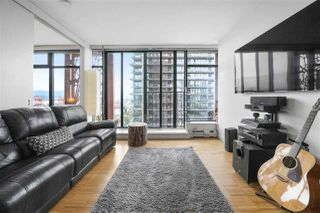 "Photo 15: 2105 128 W CORDOVA Street in Vancouver: Downtown VW Condo for sale in ""WOODWARDS"" (Vancouver West)  : MLS®# R2374821"
