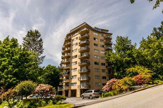 "Photo 14: 503 1930 MARINE Drive in West Vancouver: Ambleside Condo for sale in ""Park Marine"" : MLS®# R2375398"
