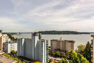 "Photo 3: 503 1930 MARINE Drive in West Vancouver: Ambleside Condo for sale in ""Park Marine"" : MLS®# R2375398"