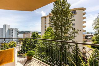 "Photo 10: 503 1930 MARINE Drive in West Vancouver: Ambleside Condo for sale in ""Park Marine"" : MLS®# R2375398"