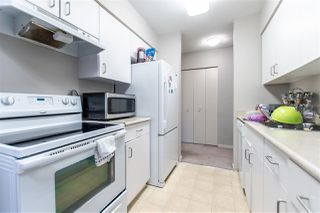 """Photo 4: 317 15288 100 Avenue in Surrey: Guildford Condo for sale in """"CEDAR GROVE"""" (North Surrey)  : MLS®# R2385694"""