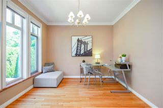 "Photo 3: 1138 W 38TH Avenue in Vancouver: Shaughnessy House for sale in ""Shaughnessy"" (Vancouver West)  : MLS®# R2402641"
