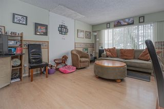 Photo 5: 20022 46A Avenue in Langley: Langley City House for sale : MLS®# R2435557