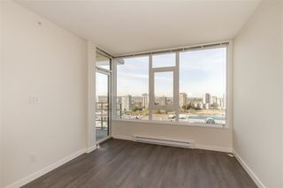 Photo 7: 2409 530 WHITING Way in Coquitlam: Coquitlam West Condo for sale : MLS®# R2491065