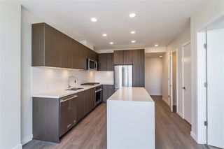 Photo 5: 2409 530 WHITING Way in Coquitlam: Coquitlam West Condo for sale : MLS®# R2491065
