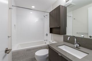 Photo 10: 2409 530 WHITING Way in Coquitlam: Coquitlam West Condo for sale : MLS®# R2491065
