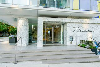 "Photo 4: 3502 499 PACIFIC Street in Vancouver: Yaletown Condo for sale in ""Charleson"" (Vancouver West)  : MLS®# R2493333"