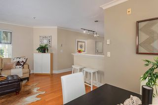 "Photo 7: 210 147 E 1ST Street in North Vancouver: Lower Lonsdale Condo for sale in ""The Coronado"" : MLS®# R2496592"