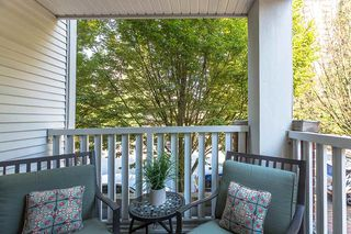 "Photo 5: 210 147 E 1ST Street in North Vancouver: Lower Lonsdale Condo for sale in ""The Coronado"" : MLS®# R2496592"