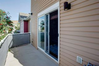 Photo 9: 48 CHAPARRAL RIDGE Park SE in Calgary: Chaparral Row/Townhouse for sale : MLS®# A1036010