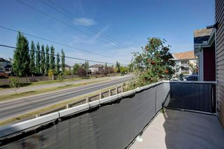 Photo 8: 48 CHAPARRAL RIDGE Park SE in Calgary: Chaparral Row/Townhouse for sale : MLS®# A1036010