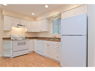 """Photo 7: 1843 LANGAN AV in Port Coquitlam: Lower Mary Hill House for sale in """"LOWER MARY HILL"""" : MLS®# V965225"""