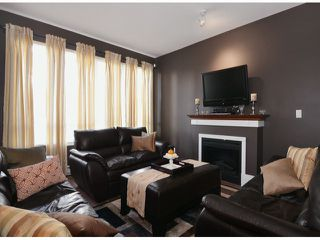 "Photo 2: 13 16772 61ST Avenue in Surrey: Cloverdale BC Townhouse for sale in ""Laredo"" (Cloverdale)  : MLS®# F1322525"