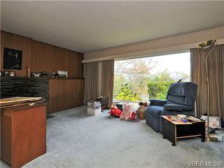Photo 3: 3821 Synod Rd in VICTORIA: SE Cedar Hill Single Family Detached for sale (Saanich East)  : MLS®# 655505