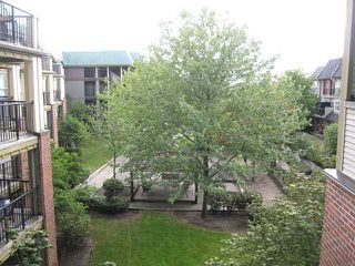 "Photo 6: 313 1591 BOOTH Avenue in Coquitlam: Maillardville Condo for sale in ""LE LAURENTIAN"" : MLS®# V1040051"