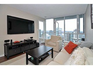 "Photo 1: 2605 833 SEYMOUR Street in Vancouver: Downtown VW Condo for sale in ""CAPITOL RESIDENCES"" (Vancouver West)  : MLS®# V1040577"