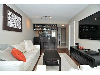 "Photo 2: 2605 833 SEYMOUR Street in Vancouver: Downtown VW Condo for sale in ""CAPITOL RESIDENCES"" (Vancouver West)  : MLS®# V1040577"