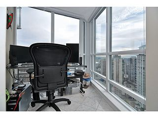"Photo 10: 2605 833 SEYMOUR Street in Vancouver: Downtown VW Condo for sale in ""CAPITOL RESIDENCES"" (Vancouver West)  : MLS®# V1040577"
