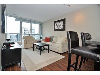 "Photo 4: 2605 833 SEYMOUR Street in Vancouver: Downtown VW Condo for sale in ""CAPITOL RESIDENCES"" (Vancouver West)  : MLS®# V1040577"