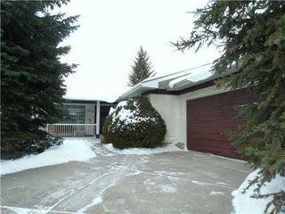 Main Photo: 2412 PALISWOOD Road SW in Calgary: Palliser House for sale ()  : MLS®# C3463431