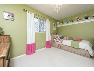 "Photo 8: 225 BALMORAL Place in Port Moody: North Shore Pt Moody Townhouse for sale in ""BALMORAL PLACE"" : MLS®# V1050770"