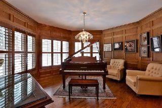 Photo 6: 18 Louise Circle in Vaughan: Kleinburg House (2-Storey) for sale : MLS®# N2908335
