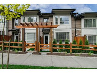 "Photo 3: 7 23986 104 Avenue in Maple Ridge: Albion Townhouse for sale in ""SPENCER BROOK"" : MLS®# V1066703"