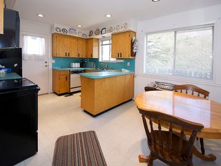 "Photo 6: 5191 WINSKILL Drive in Tsawwassen: Cliff Drive House for sale in ""Cliff Drive"" : MLS®# V1108225"