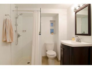 """Photo 16: 2651 TRIUMPH Street in Vancouver: Hastings East House for sale in """"HASTINGS SUNRISE"""" (Vancouver East)  : MLS®# V1118786"""