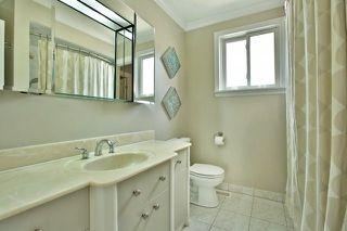 Photo 7: 1004 Runningbrook Drive in Mississauga: Applewood House (Backsplit 4) for sale : MLS®# W3287075