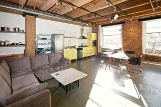 """Photo 8: 216 55 E CORDOVA Street in Vancouver: Downtown VE Condo for sale in """"KORET LOFTS-LIVE/WORK"""" (Vancouver East)  : MLS®# R2032716"""