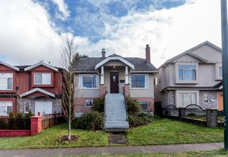 Photo 1: 4358 VICTORIA Drive in Vancouver: Victoria VE House for sale (Vancouver East)  : MLS®# R2037719