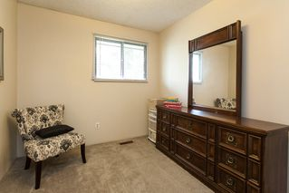 Photo 10: 6321 173A Street in Surrey: Cloverdale BC House for sale (Cloverdale)  : MLS®# R2054959