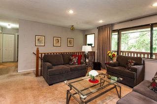 Photo 5: 6321 173A Street in Surrey: Cloverdale BC House for sale (Cloverdale)  : MLS®# R2054959