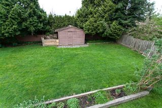 Photo 18: 6321 173A Street in Surrey: Cloverdale BC House for sale (Cloverdale)  : MLS®# R2054959