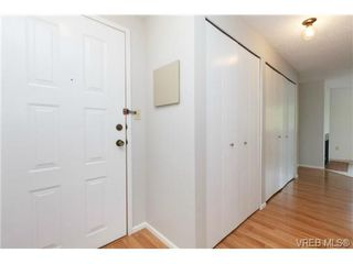 Photo 2: 206 1068 Tolmie Ave in VICTORIA: SE Maplewood Condo for sale (Saanich East)  : MLS®# 728377