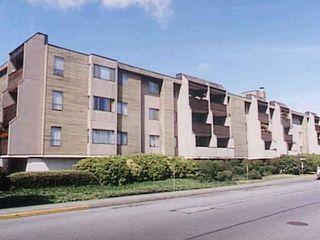 Main Photo: 107 5411 ARCADIA ROAD in : Brighouse Condo for sale : MLS®# V294424