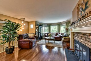 "Photo 3: 9258 154TH Street in Surrey: Fleetwood Tynehead House for sale in ""BERKSHIRE PARK"" : MLS®# R2071682"