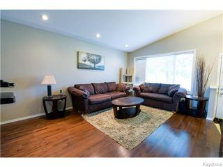Photo 2: 322 Moray Street in Winnipeg: Residential for sale : MLS®# 1617679