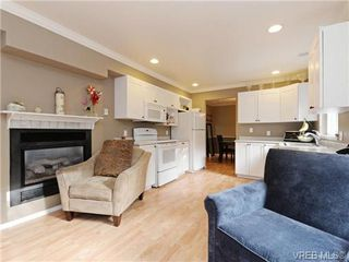 Photo 11: 6 540 Goldstream Avenue in VICTORIA: La Fairway Townhouse for sale (Langford)  : MLS®# 369786