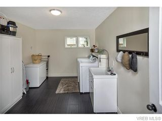Photo 13: 2494 Wilcox Terrace in VICTORIA: CS Tanner Single Family Detached for sale (Central Saanich)  : MLS®# 371709