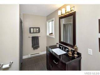 Photo 14: 2494 Wilcox Terr in VICTORIA: CS Tanner House for sale (Central Saanich)  : MLS®# 745667