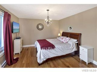 Photo 16: 2494 Wilcox Terr in VICTORIA: CS Tanner House for sale (Central Saanich)  : MLS®# 745667