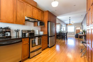 Photo 8: 820 EDINBURGH Street in New Westminster: Moody Park House for sale : MLS®# R2129968